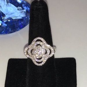 Pave Clover Ring